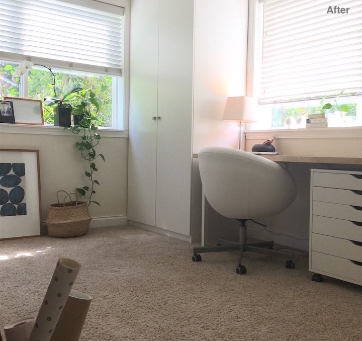 Home office in white an neutrals