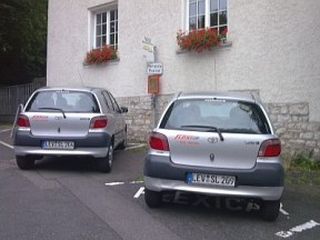 Carsharing_in_GL_am_Rathaus