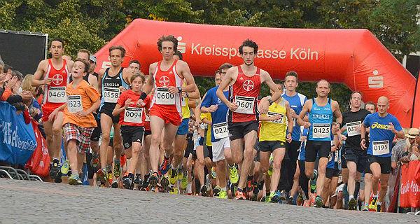 Der Start zum Bergisch Gladbacher Stadtlauf 2014