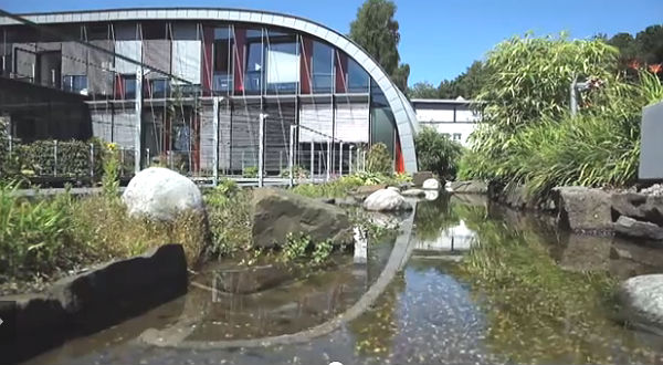 Der Miltenyi-Campus an der Friedrich-Ebert-Straße in Moitzfeld. Foto: Screenshot youtube