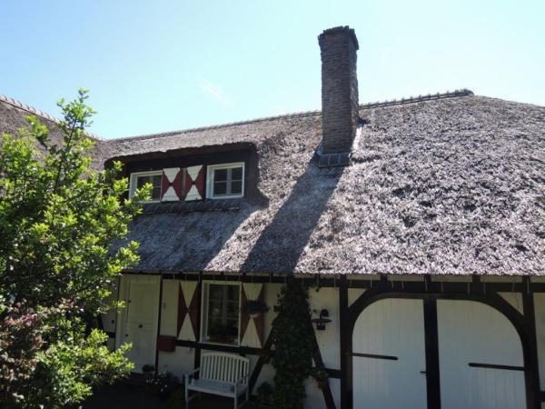 2 Reetdachhaus in Wüstenherscheid