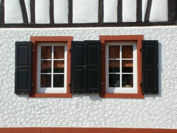 windows-837772_1280