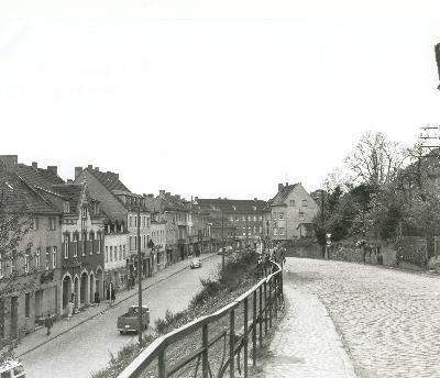 Hauptstraße und Wipperfürther Straße, die in den 70er Jahren verschwand. Foto: Willi Fritzen