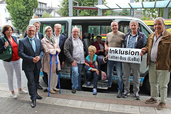 Shuttlebus1-1 600