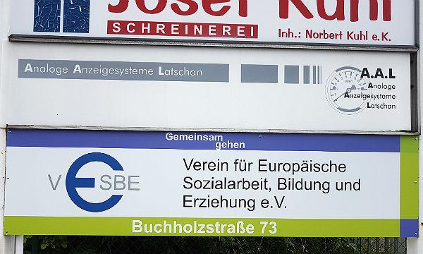 Mit einem kleineren Programm für Flüchtlinge ist VESBE bereits seit Mai in Bergisch Gladbach aktiv