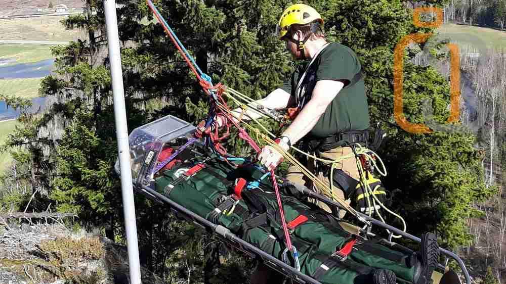 manichini per addestramento - esercitazione salvataggio in montagna