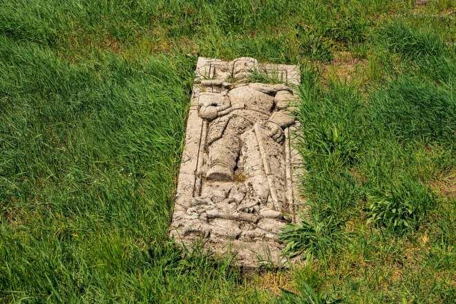 Full ledger grave on a Lawn