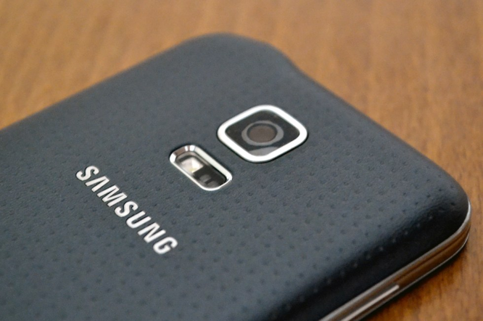 galaxy-s5-mini-in2mobile-heart-rate-sensor