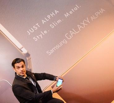 Το Samsung GALAXY ALPHA είναι μέσα στη μόδα