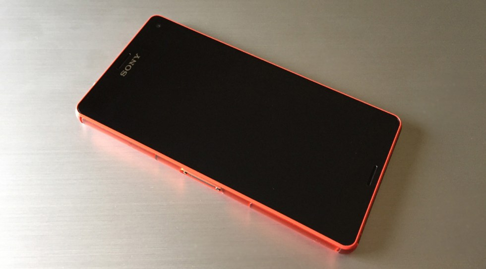 z3-compact-in2mobile-design (1)