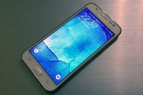 Samsung Galaxy J5 Review: Η πολυτέλεια σε χαμηλή τιμή