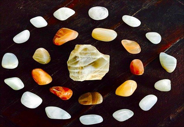 A Beginner Mystic's Guide To Gemstones With Healing Properties