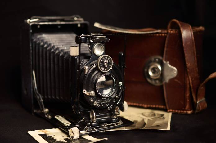 camera-photography-old-antique-37397
