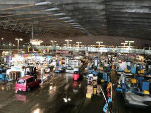 唐戸市場の平日の雰囲気