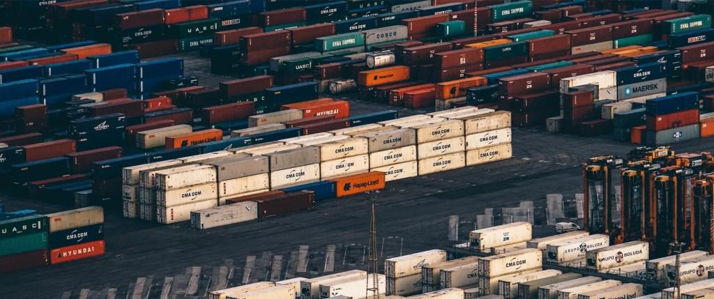 Doar 4 companii cu capital românesc se află în topul primilor 100 de exportatori ai României, față de 7 anul trecut