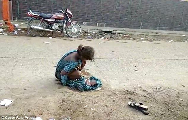 22 10 5 Kisah Wanita yang Melahirkan di Jalan, Ada yang bayinya langsung jatuh ke Aspal