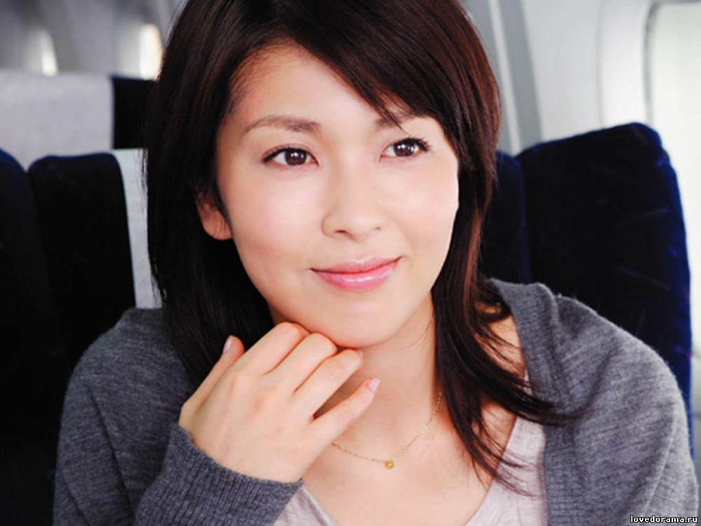 1 6 Padahal Usianya Udah gak muda lagi tapi kecantikan dan keseksian Artis Jepang ini masih awet
