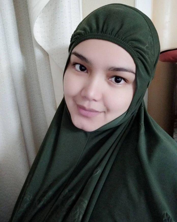 3 34 Katanya Lagi Hamil, Seperti ini nih 7 Penampilan Terbaru Siti Nurhaliza. Mau liat
