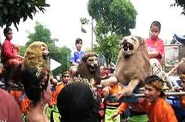 55 1 5 Acara Khitanan Anak Artis ini Mewahnya ngalah ngalahin pesta Pernikahan