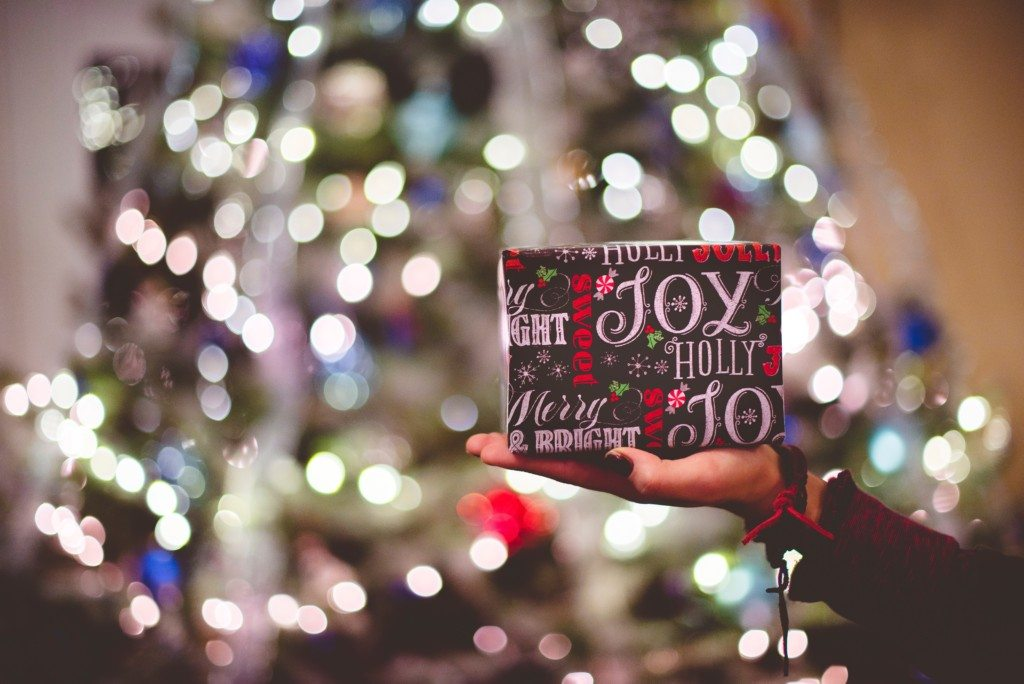 """Featured image for """"Advent: Joy in Spades"""""""