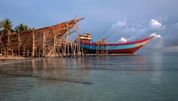 Prosedur kegiatan perawatan dan perbaikan kapal kayu