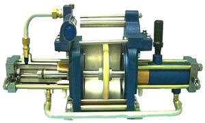 SC Hydraulic Gas Booster Cutaway