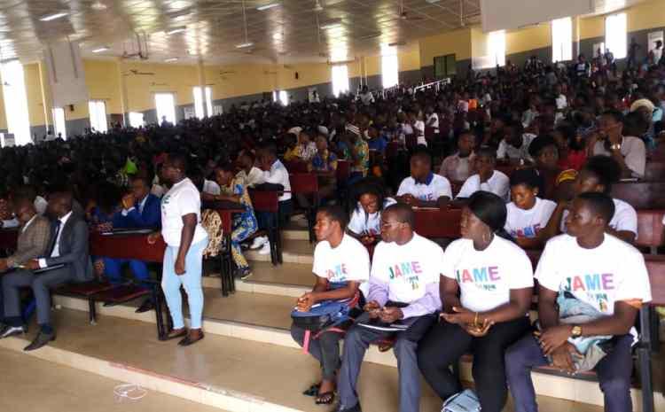 INAM : prise en charge de 500 étudiants