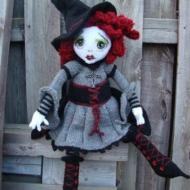 http://www.ravelry.com/patterns/library/spelladonna--witch