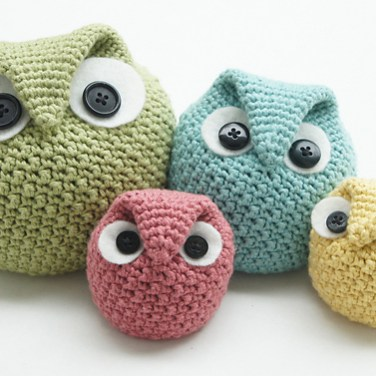http://www.ravelry.com/patterns/library/chubby-owl-family