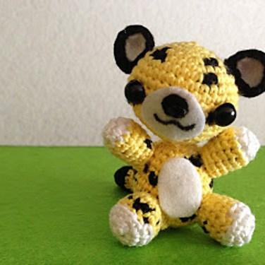 http://www.ravelry.com/patterns/library/leopardo-amigurumi