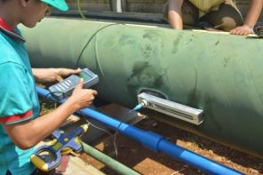 Pengecekan debit air laut pada PLTU