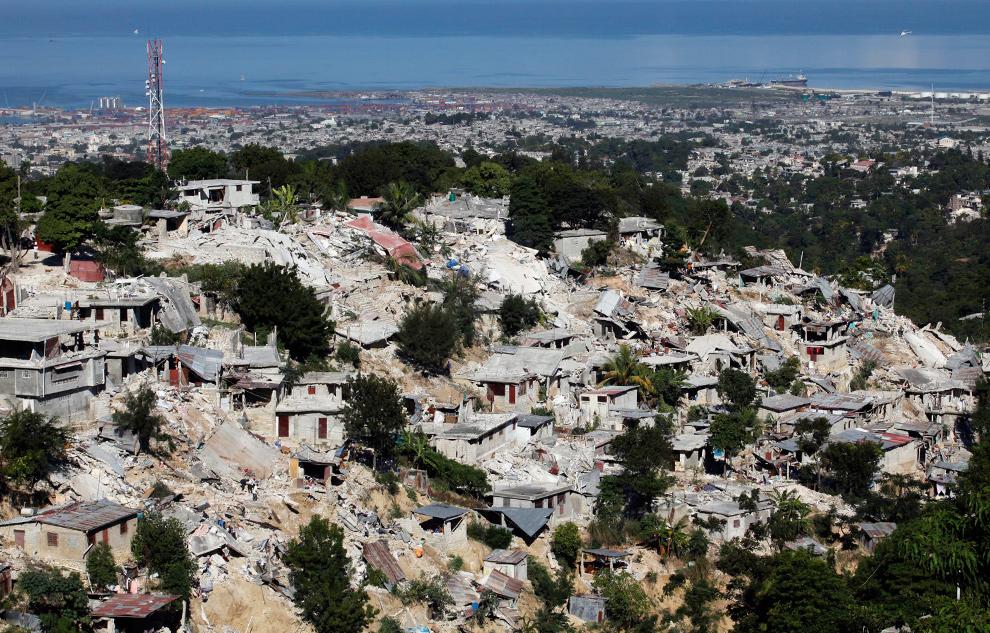 Imagenes terremoto de puerto principe haiti 2010 for Canape vert port au prince haiti