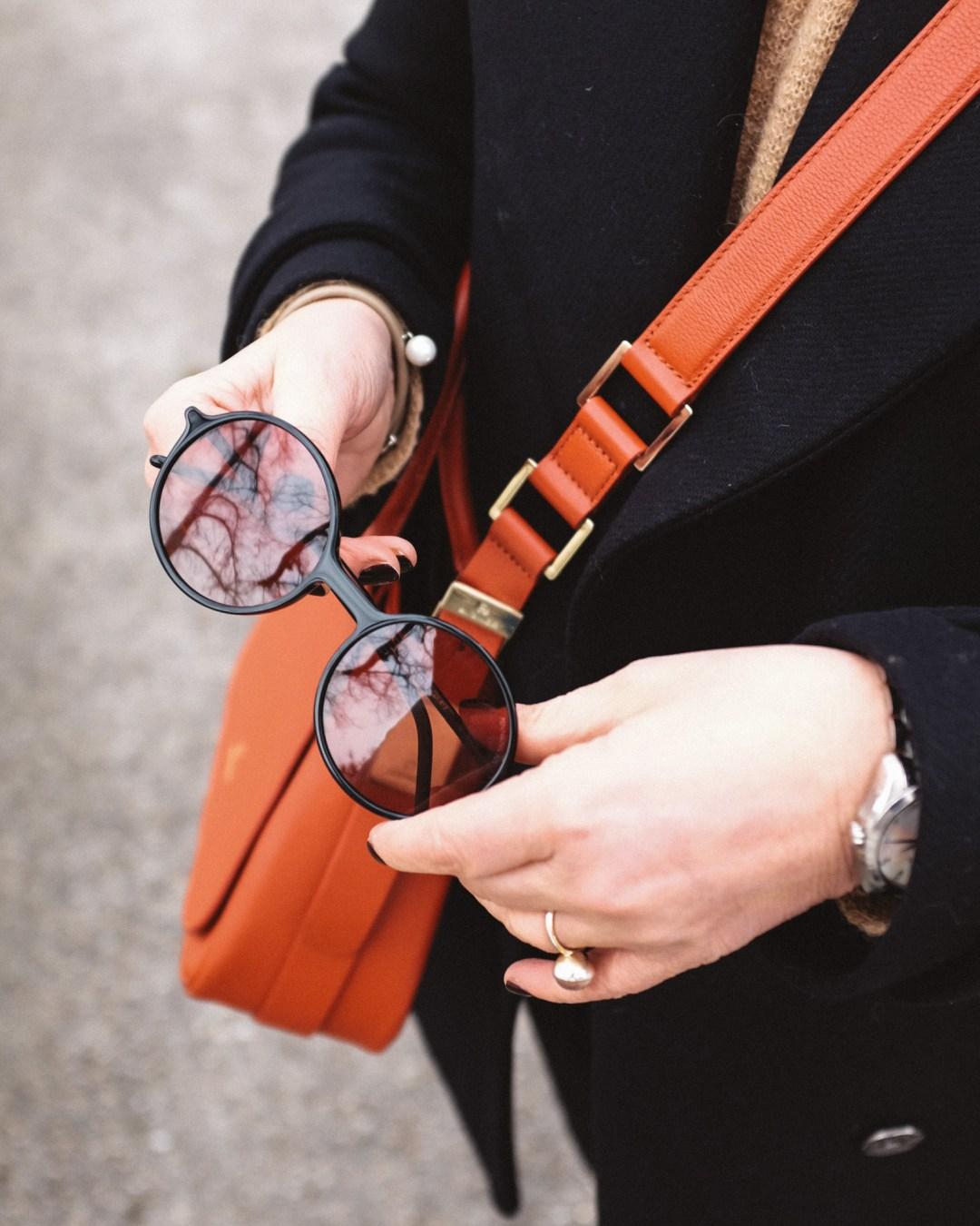 inastil, Ü50Blogger, Modeberatung, Stilberatung, Ü50Mode, Styleover50, Cabanjacke, Aignertasche, weisse Sneaker, Casualstyle, Streetstyle-9