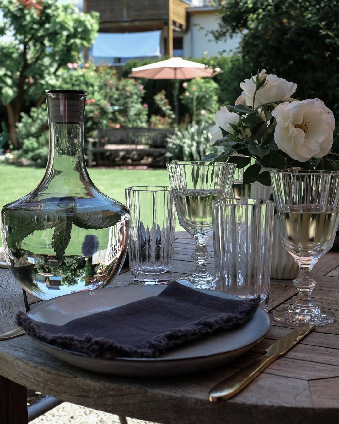 inastil, Ü50Blogger, mein schöner Garten, Sommergarten, Grillen, bestes Grillhähnchen, Sommertisch, toskanisches Platthuhn Rezept, outdoorliving, Rosen, Gartenblicke-3