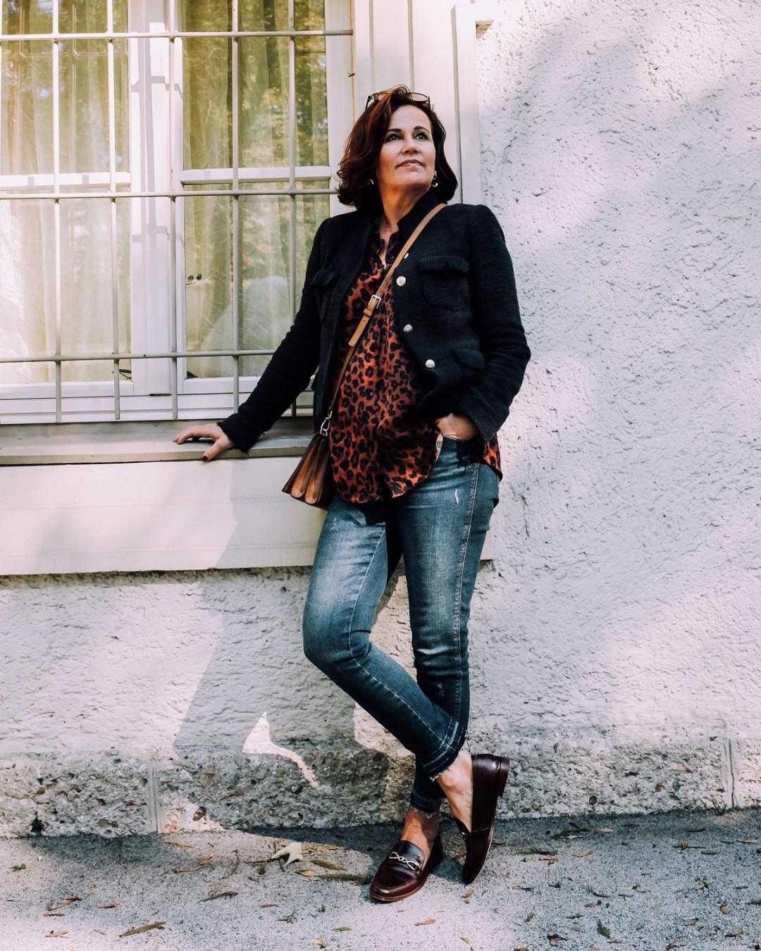 inastil, Ü50Blog, Leomuster, Animalprint, Modeblog, Ü50Mode, Modeberatung, Stilberatung, Casual, Ageless, Kürbisrezept, gerösteter Kürbis, Aubergine, Herbstmode, Herbstrezept-5
