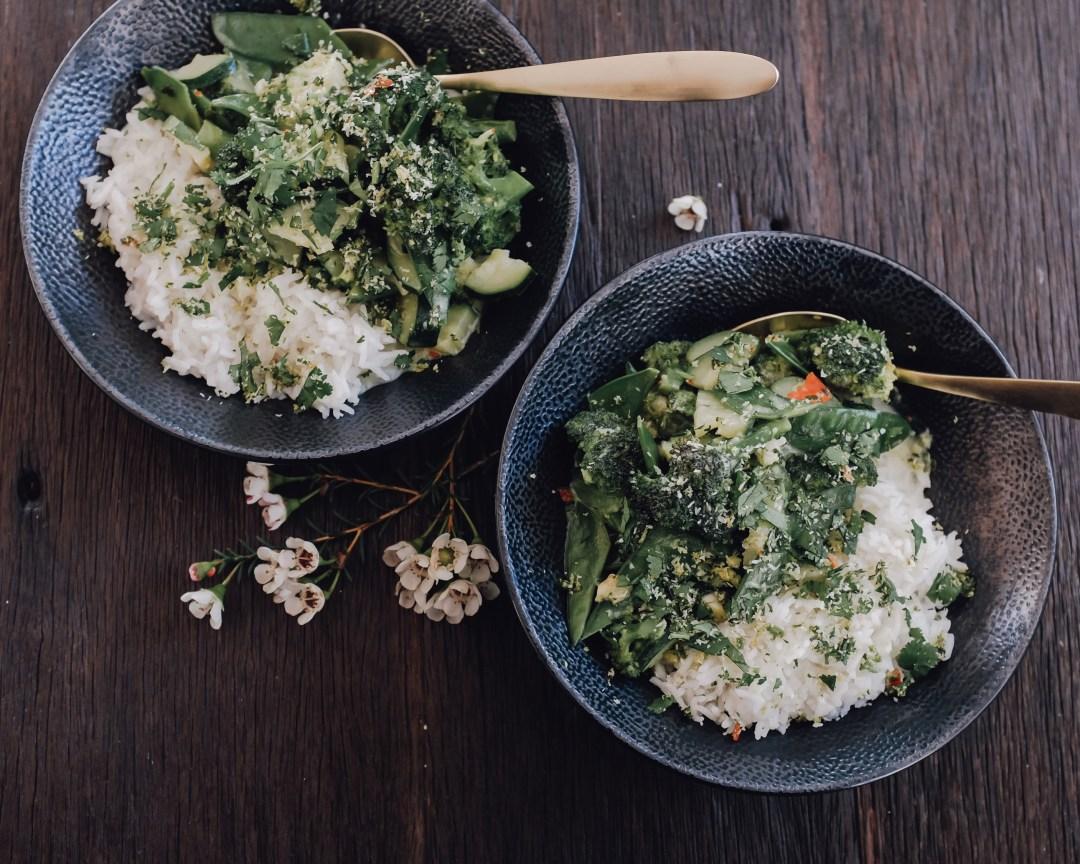 inastil, leichtes Rezept, grünes Curry, Helthyfood, Winterdekoration, liefe in balance, donna hay, Kokoscurry, espresso-cashew-shake, power-shake-7