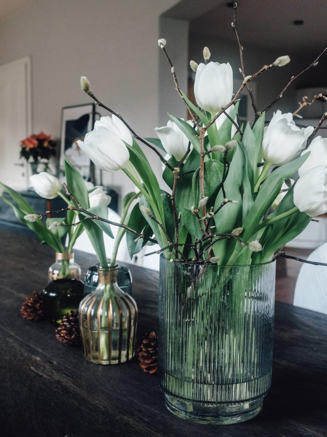 Inastil, Tulpen, weiße Tulpen, Winterdekoration, Gemüse, ohne Fleisch, leichte Küche, healthyfood, Tischdekoration, fleischlos, white tulips-11