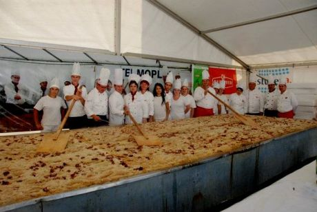 Croatian Sarma in Varazdin - Going for The Guinness Book of Records Photo: Facebook page