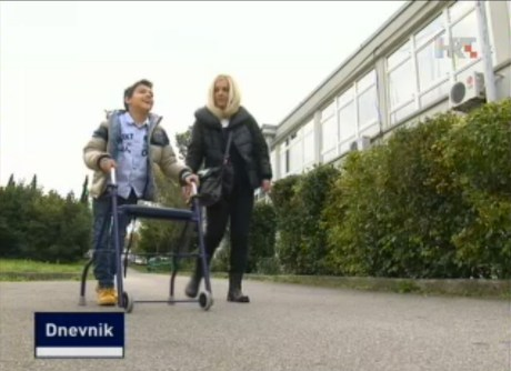 Luka Wagner gets to school  helped by his mum Photo: Screenshot TV hrt.hr 3 November 2014