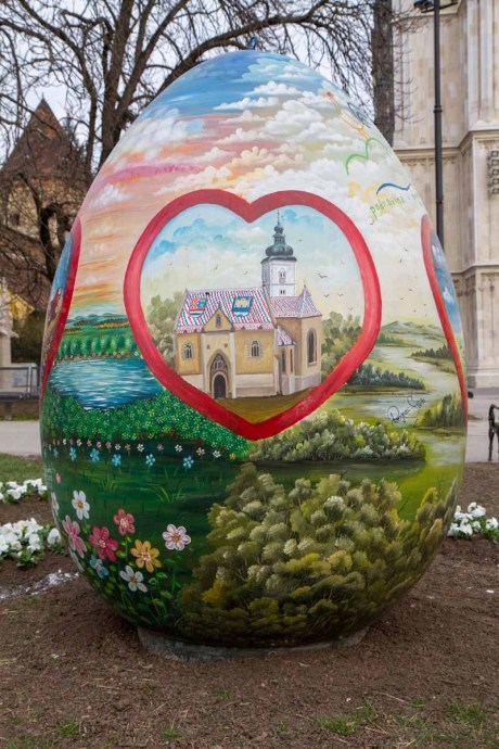 Giant Easter Egg Croatia 2015 detail 2