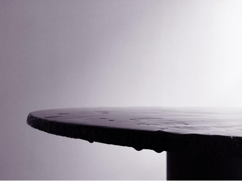 Svenskt tenns designstipendium, bord av återvunnet kaffesump