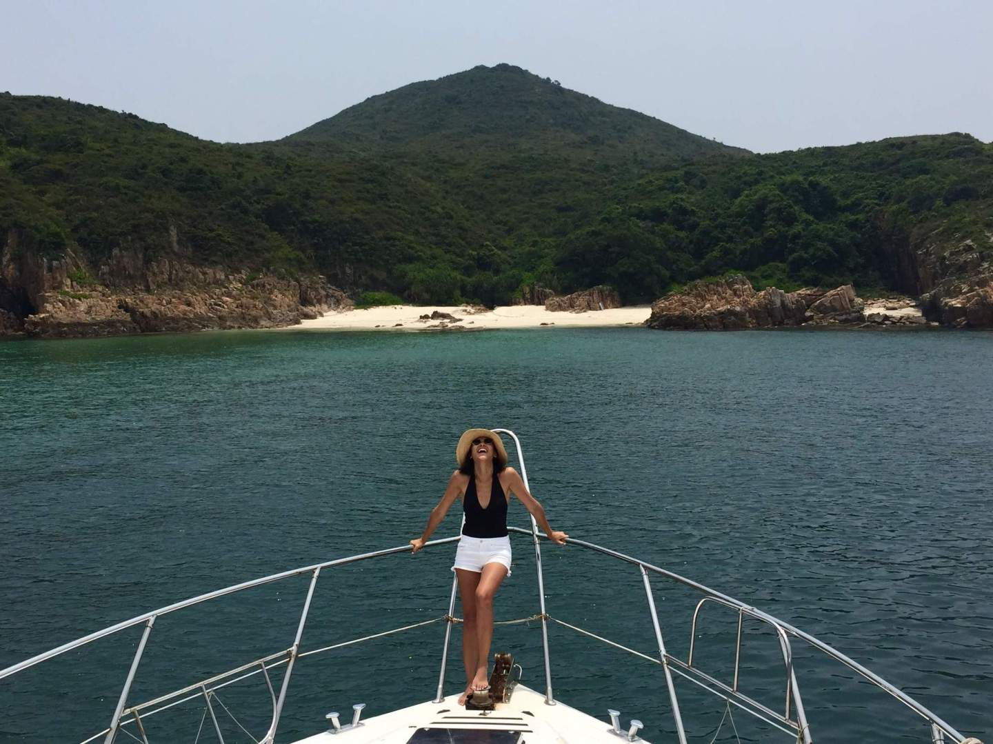 What to wear on a boat + some tips