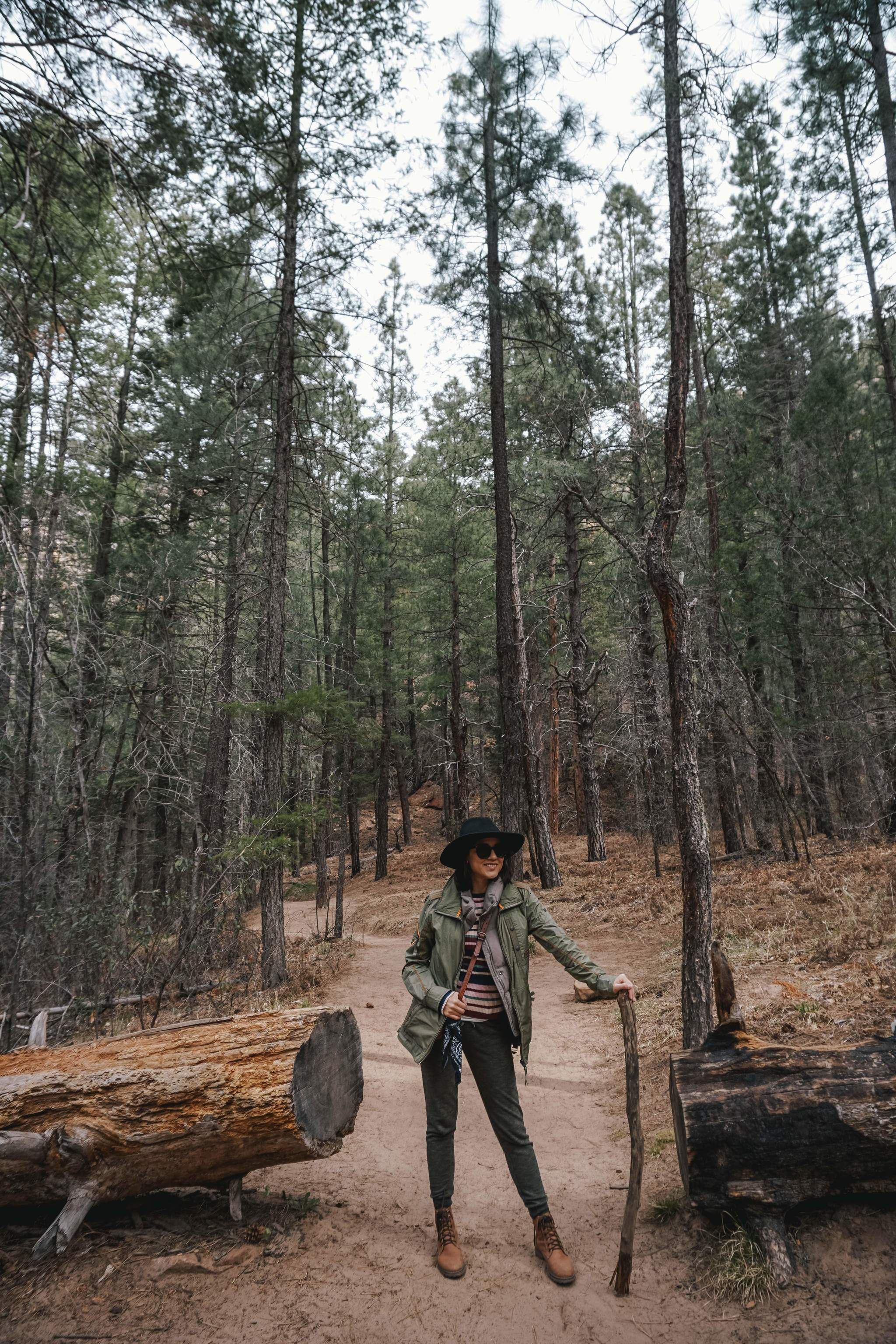 What to wear in Sedona Arizona - IN BETWEEN LATTES 20