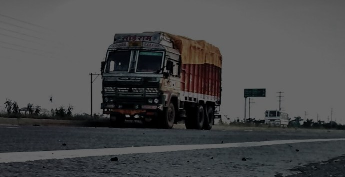 """Truckmandi  Aims To Be The Tech-Disrupting """"Mandi"""" For Indian Trucking Industry"""