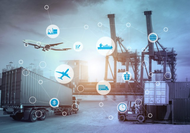 How Technology & IoT Is Disrupting The Trucking & Logistics sector