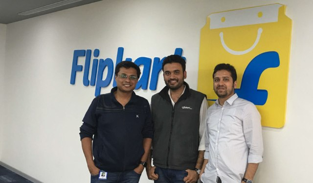 ankit-nagori-with-flipkart-founders.jpg