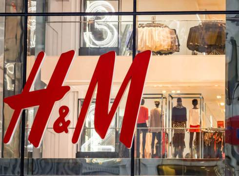 Fashion Retailer H&M Explores Online Fashion Segment, Opens Its First Online Store In India
