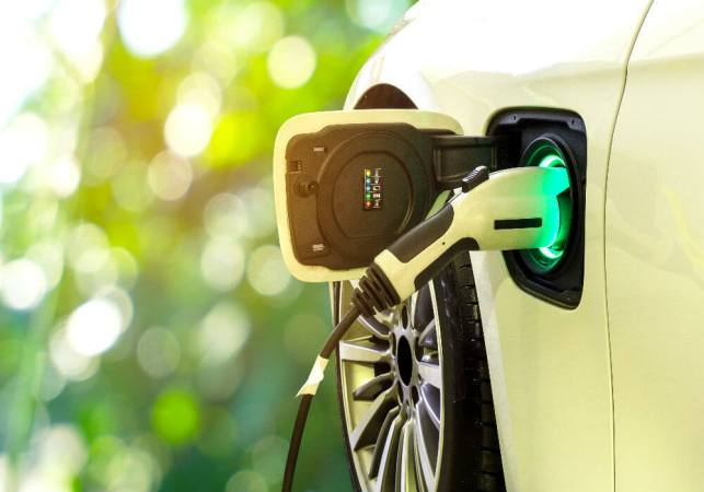 Electric Vehicles This Week: FAME India Scheme Extends Till September, Ola Announces Mission: Electric And More