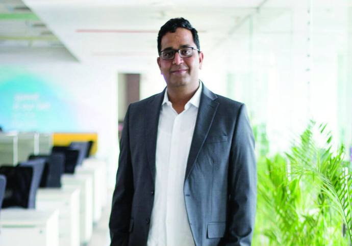 While RBI Toughens Its Stance On Data Storage, IAMAI Fouls Cry, Paytm Boss Supports The Regulation