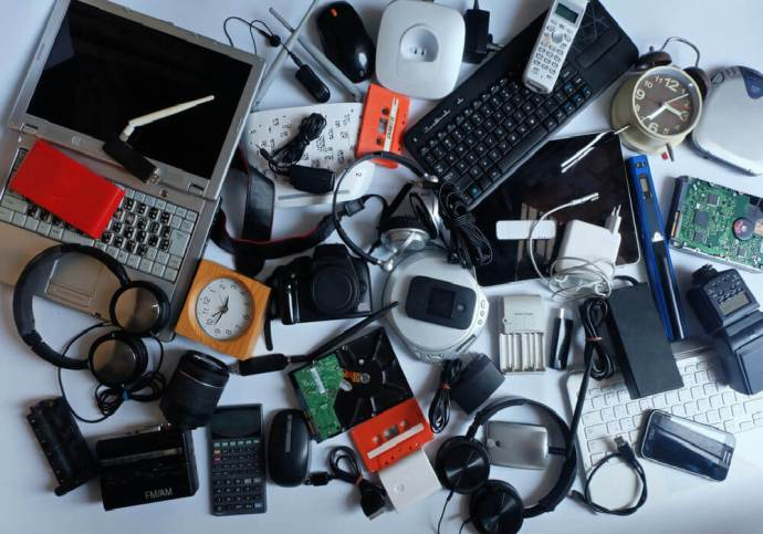 Environment Ministry Eases Targets For E-Waste Collection For Electronics Makers